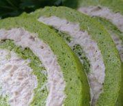 Brokolicová roláda s kuřecím masem